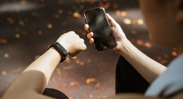 Best Fitness Band under Rs.3,000